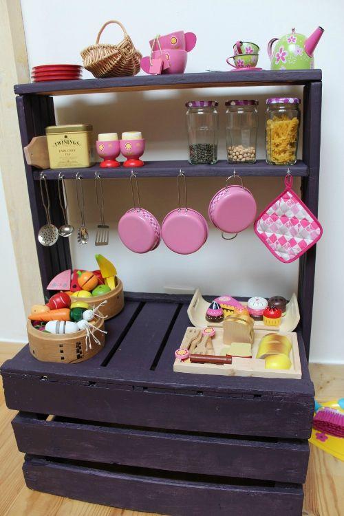 Pallet-Play-Kitchen