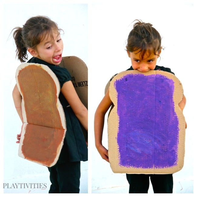 Easy Halloween Costume - PLAYTIVITIES