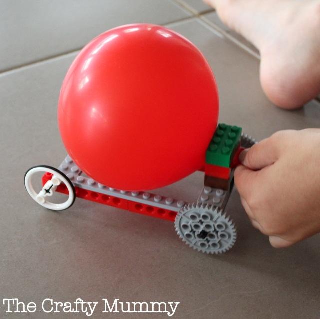 balloon-lego-car-ready