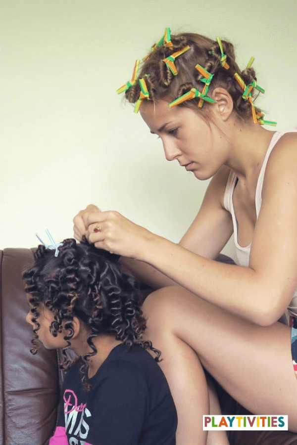 How to curl your hair with straws