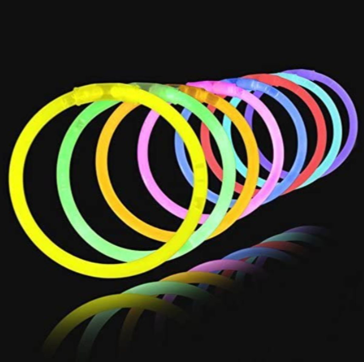 8 glow sticks fixed into rings